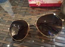 """نظارات شمسية ماركة""""FENDI"""" بحالة ممتازة"""