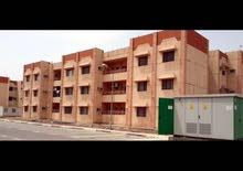 شقه ارضيه في موقع مميز في مجمع ساحة سعد للبيع بسعر 95 مليون