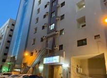 استوديو فندقي مفروش بحي السلامة على طريق المدينة وقريب من جميع الخدمات