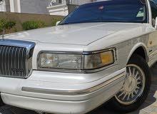 لنكولن تاون كار 1997 للبيع
