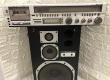 جهاز راديو ياباني قديم