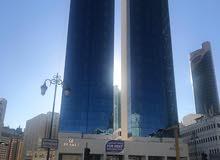 للايجار مكتب  في القبلة مساحة 600م بمجمع تجاري