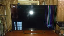شاشه سوني حجم 43 مكسورة