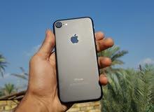 أيفون7 ذاكرة 128 لون أسود طافي الباب الأول الأصلي نضافة 100%