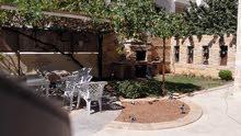 شقة ارضية مع حديقة للبيع خلدا