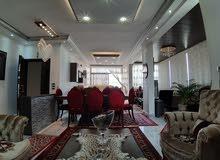 للبيع شقة 360الف$ 170م مع تراس 120م في عين الرمانة شارع سنزبرة