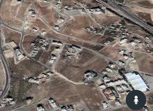 أرض سكن خاص خلف البنك العربي على شارعين طريق المطار في حجار النوابلسة