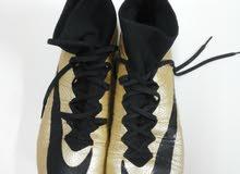 لبيع حذاء كرة قدم من نوع NIKE الاصليه للتواصل وتساب
