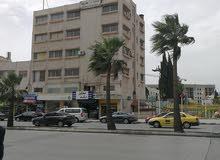 مكاتب و عيادات للايجار في جبل الحسين شارع خالد بن الوليد