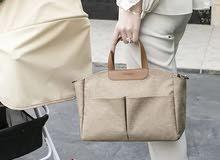 حقيبة جلد بعدة الوان  نزاكة وكياتة السعر ب15000  يوجد خدمة توصيل 3000داخل