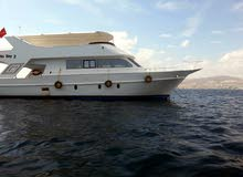 قارب سياحي كبير 16 متر في 6 متر مجهز للرحلات السياحيه والخاصه ورحلات الغوص