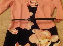 بدلة نازكة في اللبسة رقمها 44 وتلبس لاعند 46