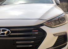 White Hyundai Elantra 2018 for sale