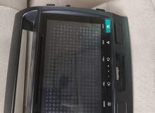 للبيع شاشه ايباد اصليه لاندكروز 2015 للتواصل واتساب 90904193