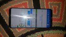 جلاكسي اس 8+ مستخدم