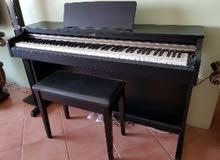 بيانو Yamaha