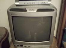تلفزيون صغير الوان شغال تمام ولا يوجد به عيب نهائي و السعر يعتبر لقطة