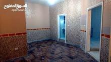 شقة فارغة للايجار ضاحية الرشيد 2نوم صالون