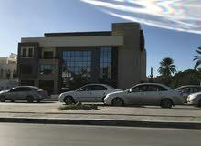 مبنى تجاري او اداري في 11 يوليو