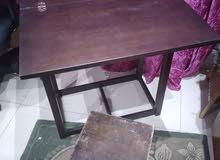 طاولة خشب قابلة للتكبير والتصغير