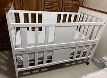 سرير أطفال من إيكيا + مرتبه طبيه نظيفه جداااا