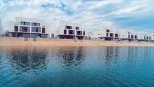 فيلا للبيع اطلالة خاصة على شاطئ بحر الحمرية في الشارقة