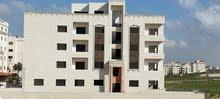 شقة  تشطيب سوبر ديلوكس في البنيات مقابل جامعة البتراء