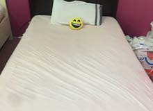 سرير خشب من هوم سنتر