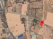 ارض في مقسم للبيع بمنطقة بير العالم بالقرب من مسجد طوبى