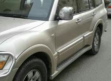 سيارة جيب باجيرو للبيع موديل 2006 اللون ذهبي