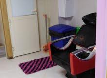 للبيع صالون نسائي في مدينة الذيد- إمارة الشارقة - مساحة جيدة- مجهز بالكامل.