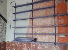 رفوف جداريه للبيع مستعملات الرقم 07722679279
