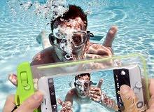 غلاف للتصوير بالهاتف تحت الماء بـ 25 دينار