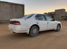 For sale 1997 White Maxima