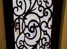 باب حديد ليزري