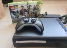Xbox 360 Arcade 120hb with one controller + 4 games