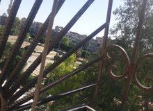 للبيع شقة دمشق الزاهرة الجديدة بداية حي الزهور مقابل الحديقة تماماً