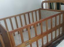 مطلوب سرير اطفال بسعر جيد للتواصل
