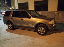 Ford explorer 2005 with nice number