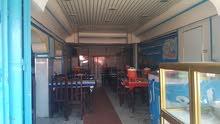 مطعم متكامل بموقع متميز .عرطة