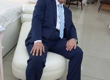 مدير معرض او بائع خبرة اكثر من 15سنة بالسوق ا لكويتي يطلب عمل
