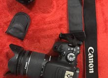 كاميرا 700D للبيع مع عدستين