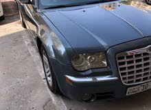 Available for sale! +200,000 km mileage Chrysler 300C 2006