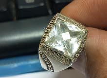 خاتم قديم نادر