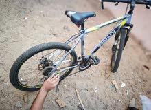 دراجة رياضية شبه جديدة سبب البيع مافي وقت للرياضة