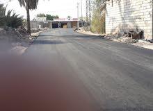 قطعة ارض في شط العرب الجزيرة المساحة 200 متر جميع الخدمات موجوده ماء كهرباء شوار