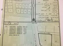 ارض للبيع المساحه 860في ولاية الخابوره قريه الهجاري قريب من الشارع العام
