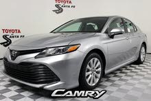 Toyota Camry 2019 For sale - White color
