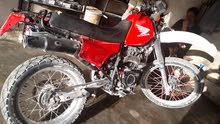 دراجه هوندا XR 200