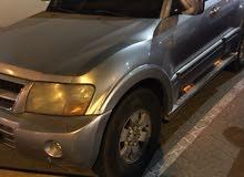 pajero 5 doors model 2004